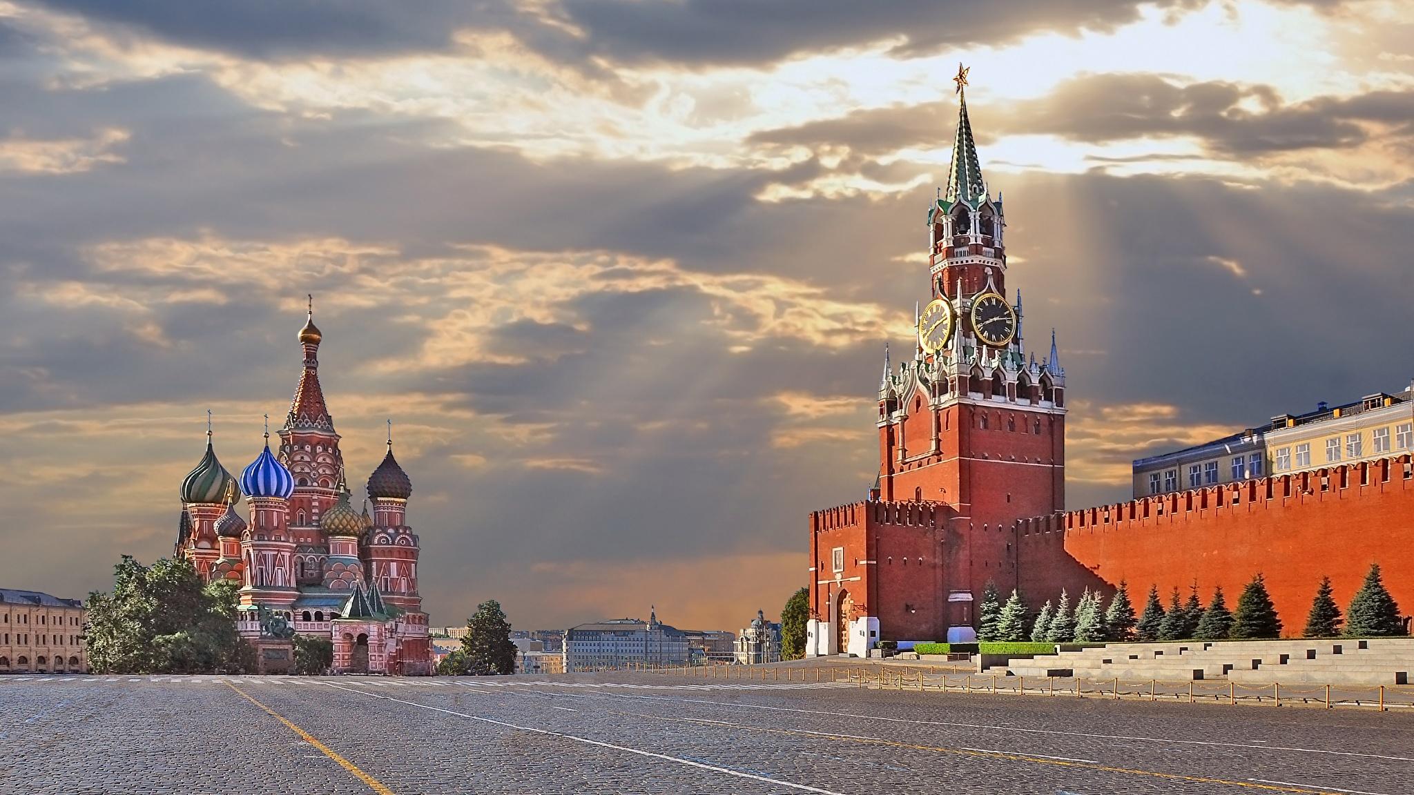 Moscow_Kremlin_2048x1152.jpg